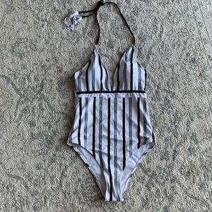 NWT Cupshe One-Piece Swimsuit
